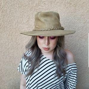 Minnetonka Outback Distressed Leather Hat Boho